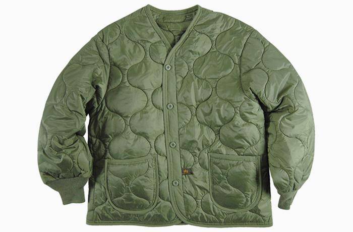 Утепляемся: 12 курток-подстёжек от простых до роскошных. Изображение № 1.