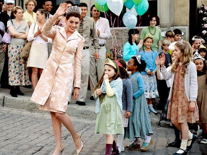 Гарри Маршалл и Энн Хэтэуэй готовы снять «Дневники принцессы-3». Изображение № 1.