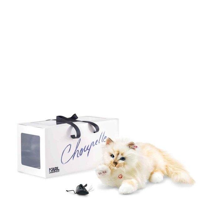 Карл Лагерфельд выпустил плюшевую копию своей любимой кошки. Изображение № 3.