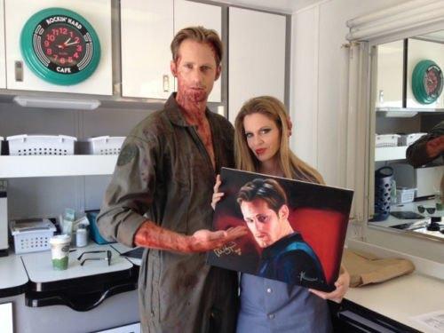 Вампирша Пэм написала Скарсгарда маслом и продает на eBay. Изображение № 1.
