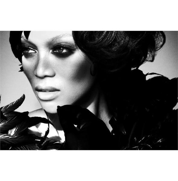 Тёмные силы: 10 чернокожих моделей. Изображение № 9.