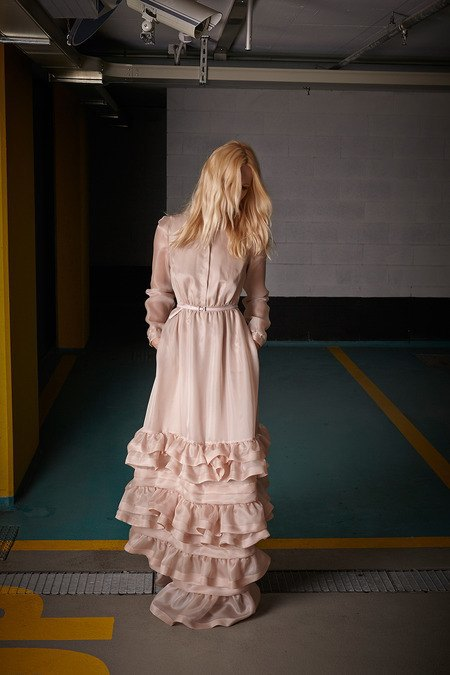 Платья с цветами и пайетки в новом лукбуке No. 21. Изображение № 22.