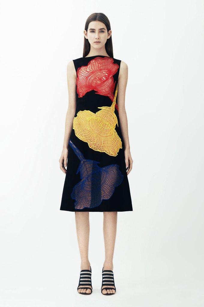 3D-модели женских торсов в круизной коллекции Christopher Kane. Изображение № 9.