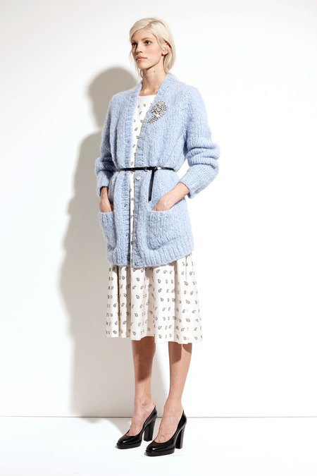 Пальто и костюмы в лукбуке новой коллекции Michael Kors. Изображение № 9.