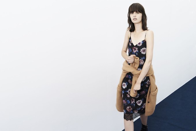 Леопардовые шубы и платья-сорочки в новой коллекции Zara. Изображение № 12.