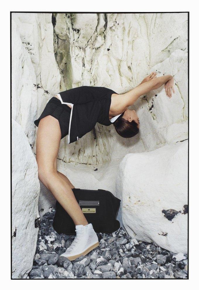 Cтелла Маккартни показала новую коллекцию для adidas. Изображение № 13.