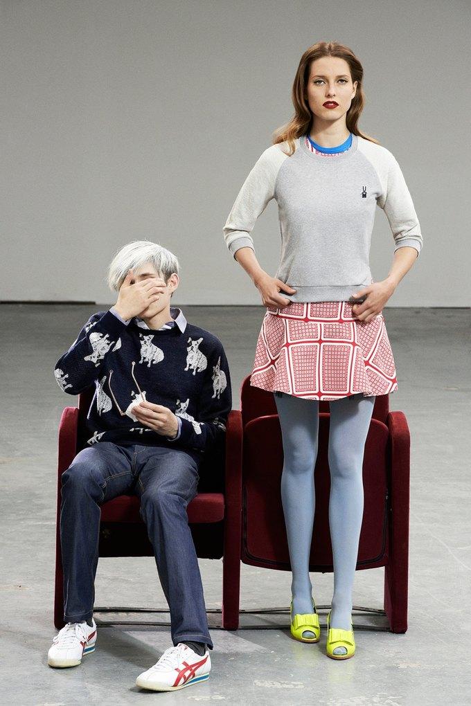Модели в образах Полетт Годдар и Энди Уорхола в лукбуке Peter Jensen. Изображение № 5.