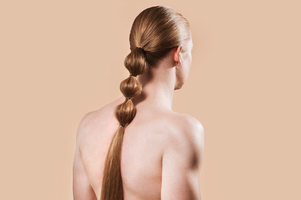 5 причесок под шапку для длинных волос. Изображение № 4.