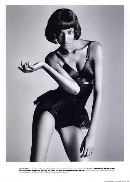 Тёмные силы: 10 чернокожих моделей. Изображение № 64.