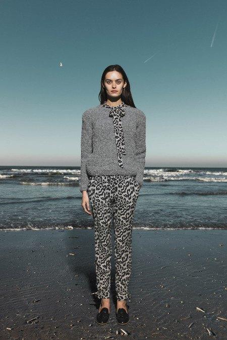 Леопардовые пальто и кружевные юбки в лукбуке Sea. Изображение № 2.