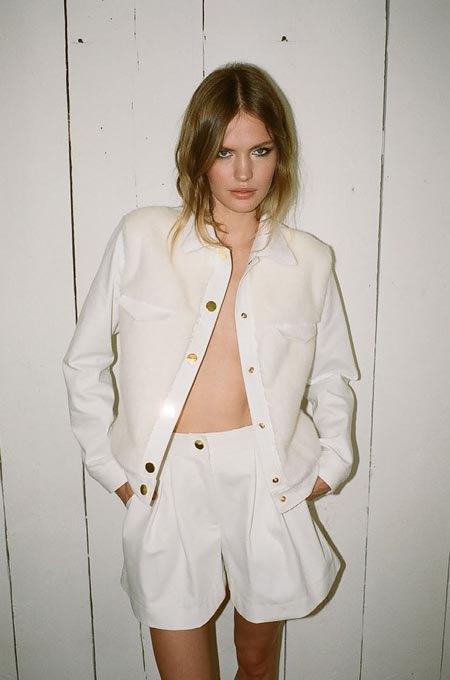 Пижамы, комбинации и халаты в новой коллекции Walk of Shame. Изображение № 12.