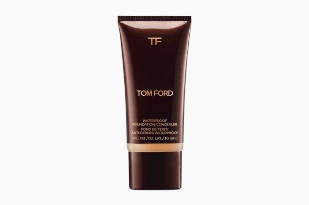 Tom Ford Waterproof Foundation and Concealer. У новинки Tom Ford стойкое тонкое покрытие и финиш, максимально правдоподобно имитирующий «голую» кожу.. Изображение № 17.