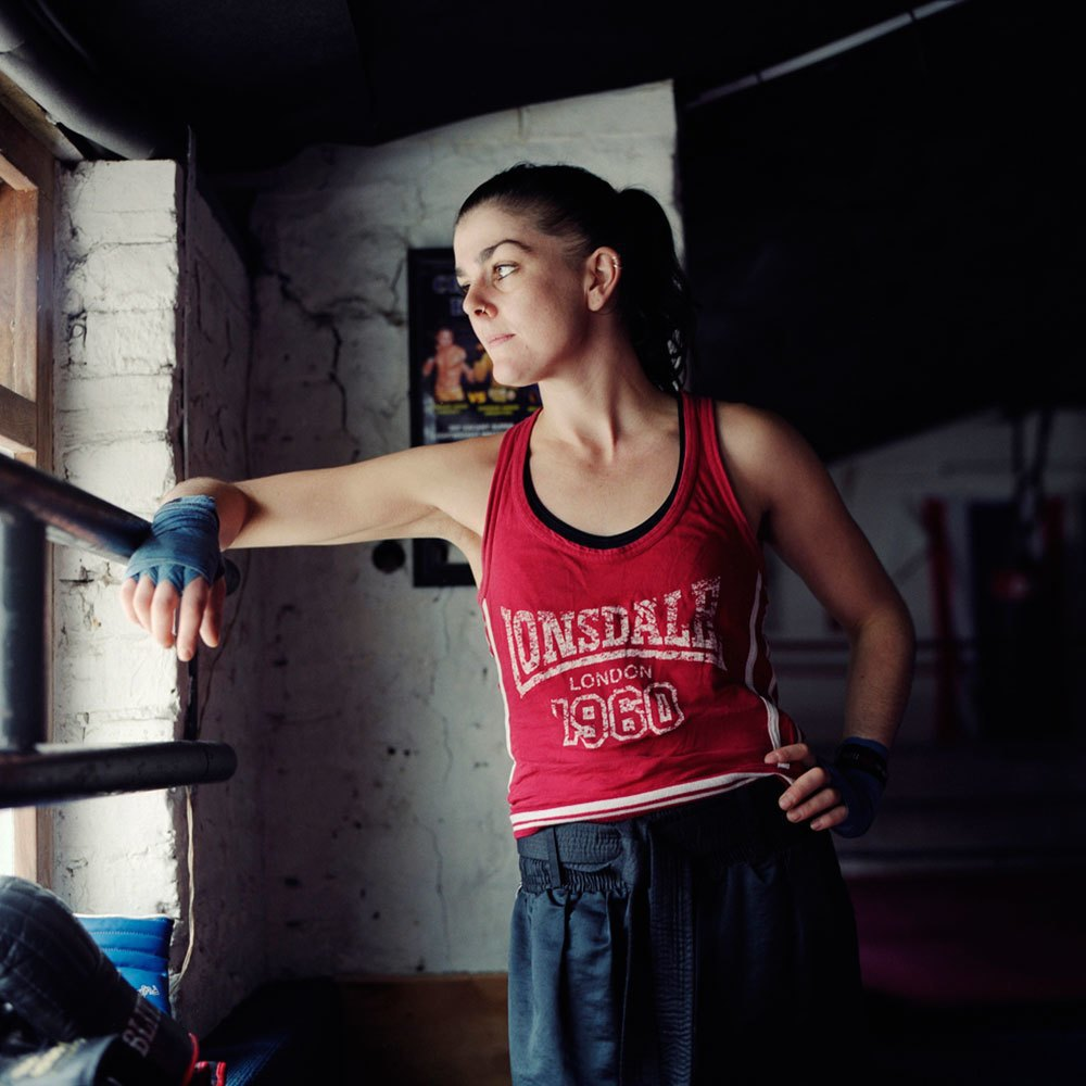 «Женщины с кулаками»: Кикбоксерши после боя. Изображение № 3.