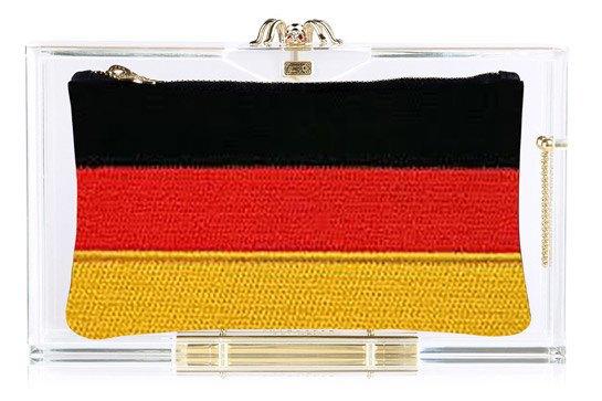Charlotte Olympia создали коллекцию клатчей  к чемпионату мира. Изображение № 5.
