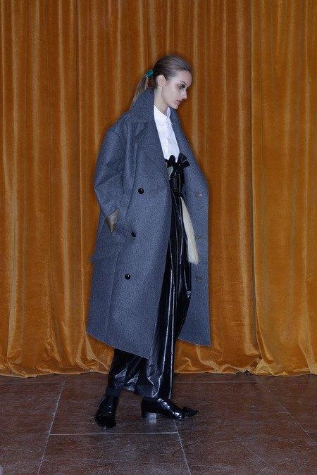 Toga рефлексирует на тему вестернов в новой женской коллекции. Изображение № 16.