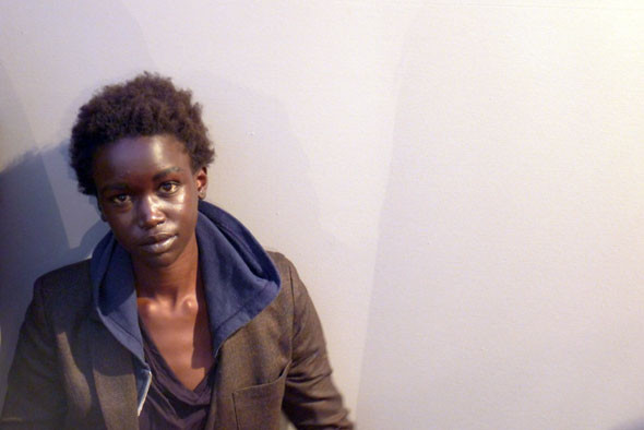 Milan Fashion Week: Репортаж с бэкстейджей Max Mara и Moschino. Изображение № 13.
