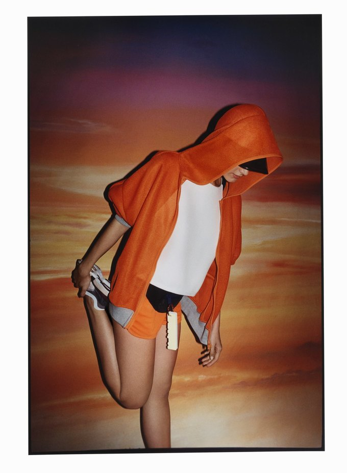 Cтелла Маккартни показала новую коллекцию для adidas. Изображение № 1.
