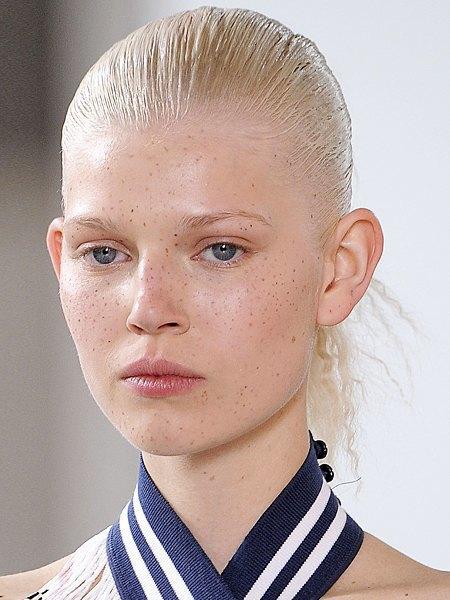 10 модных макияжей для этой весны. Изображение № 8.