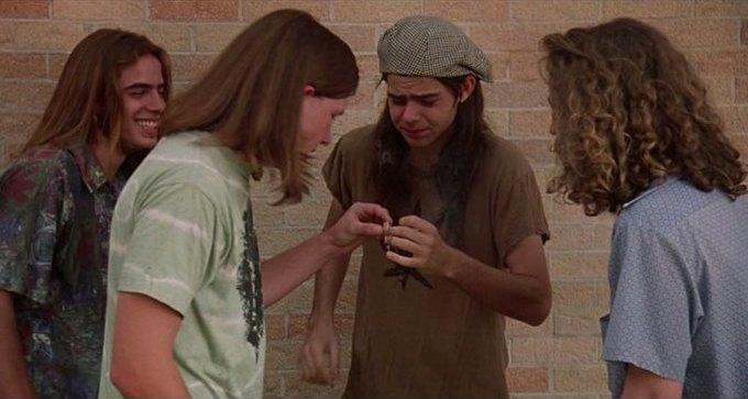 Что можно узнать о стиле 70-х из фильма «Под кайфом и в смятении». Изображение № 8.