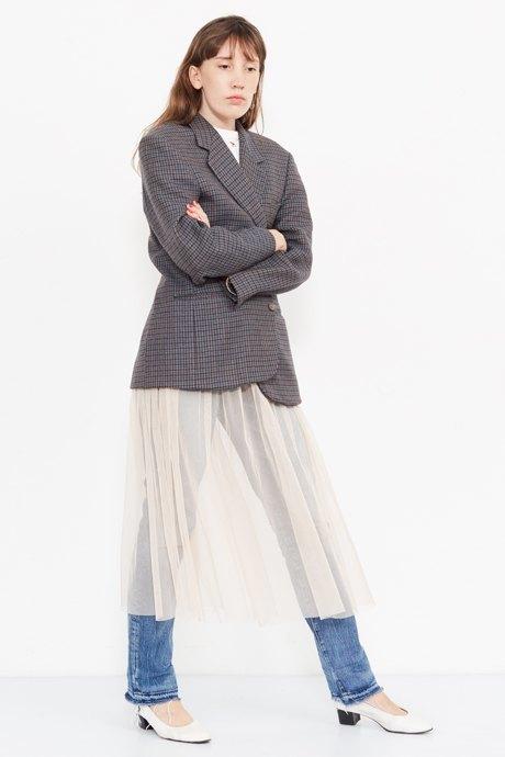 Младший редактор Vogue Олеся Седова о любимых нарядах. Изображение № 22.