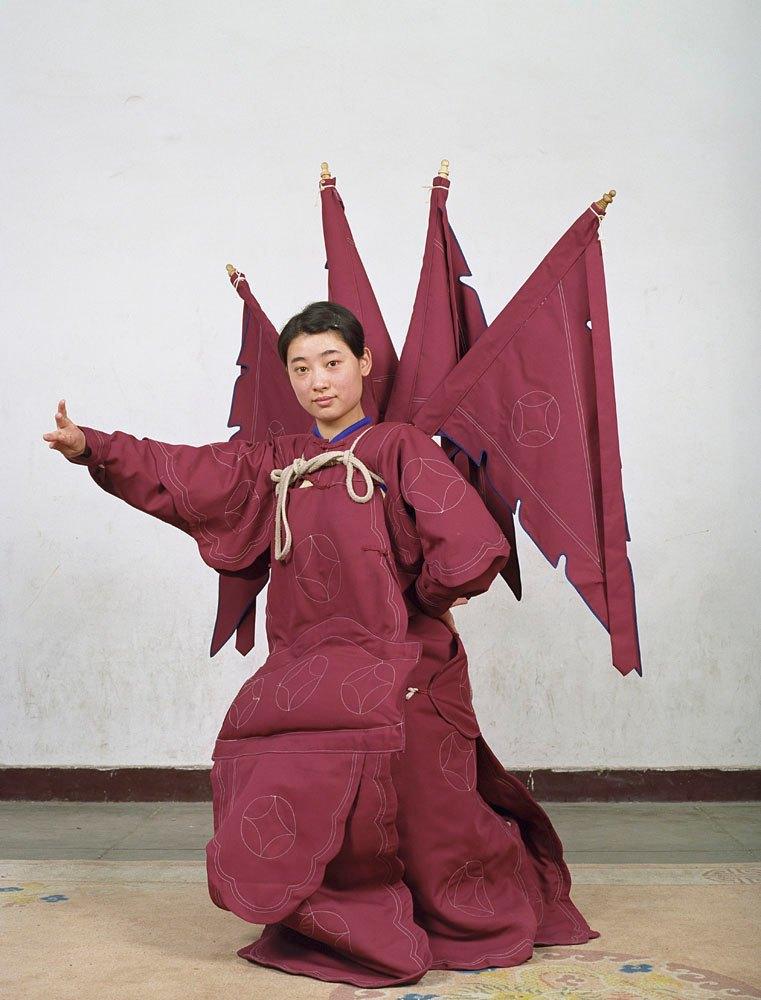 «Opera»: Студенты Пекинской оперы  в традиционных костюмах. Изображение № 13.