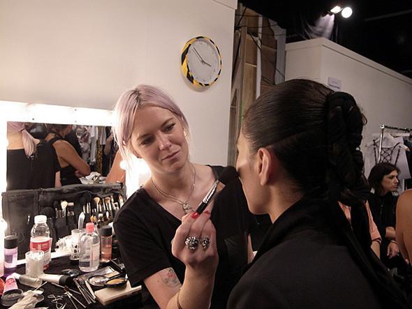 London Fashion Week: Бэкстейдж Danielle Scutt. Изображение № 6.
