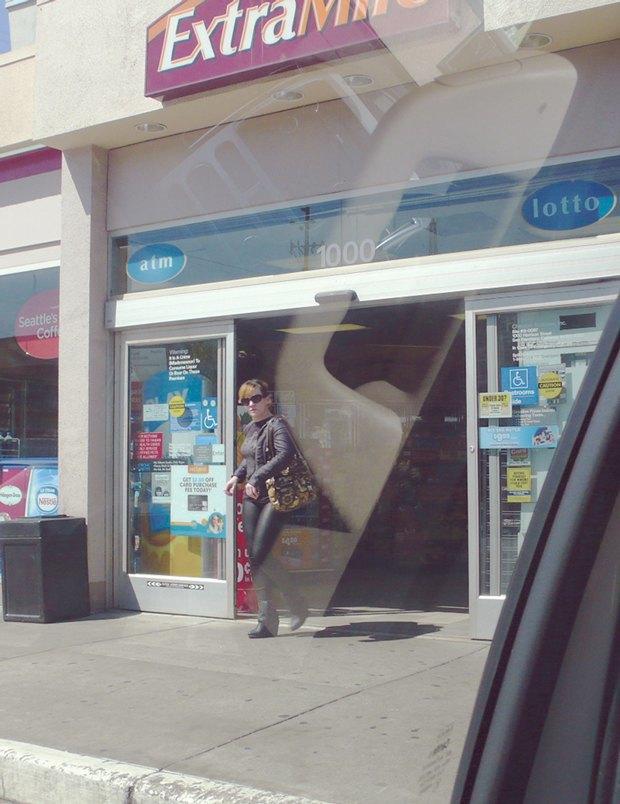 Скрытая съемка у магазина Extra Mile, 2013 . Изображение № 11.