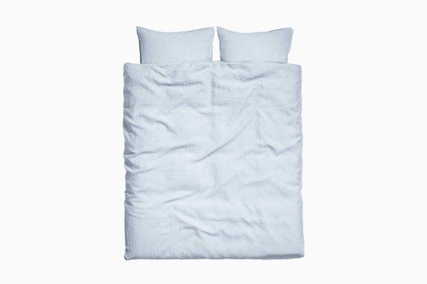 Комплект белья из стираного льна H&M, 6 999 руб.. Изображение № 5.