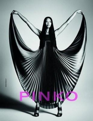 Наоми Кэмпбелл в рекламной кампании Pinko. Изображение № 53.