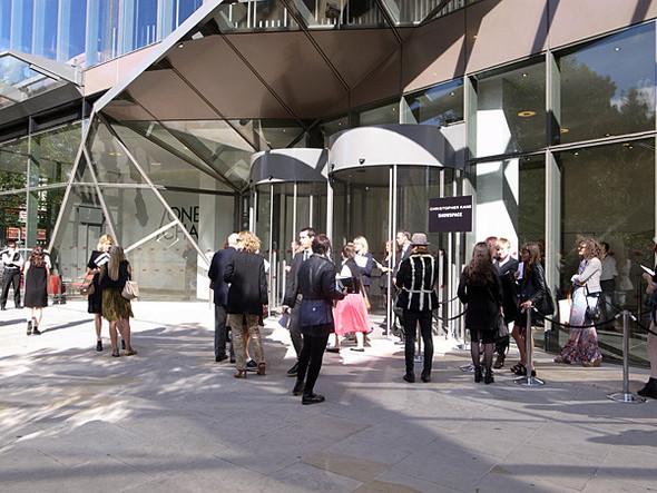 London Fashion Week: Christopher Kane и Mary Katrantzou. Изображение № 1.