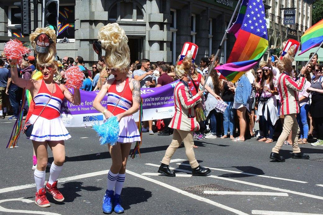 Гордость без предубеждений:  Репортаж с гей-парада в Брайтоне . Изображение № 2.