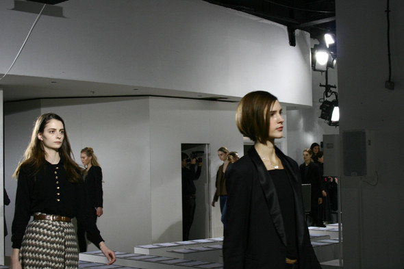 London Fashion Week: бэкстейдж показа Acne. Изображение № 13.