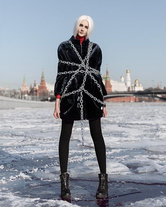 Outlaw Moscow посвятили кампанию юбилею Февральской революции. Изображение № 2.