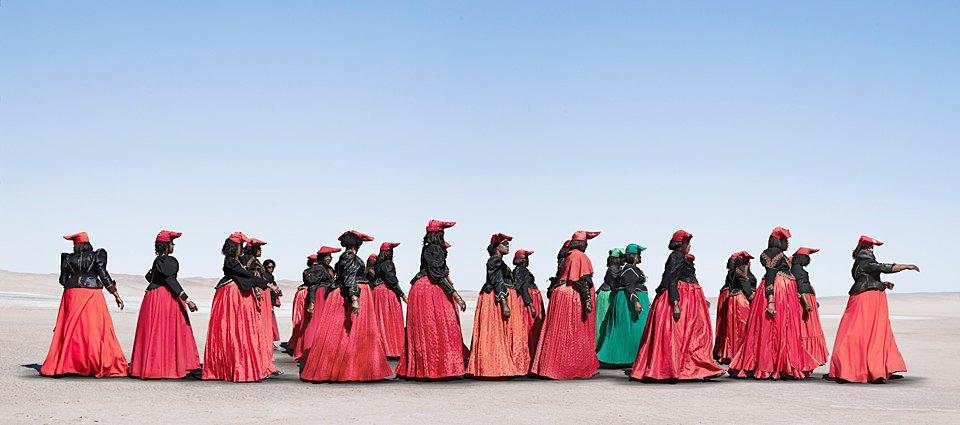 «Гереро»: мода африканского племени как символ неповиновения. Изображение № 2.