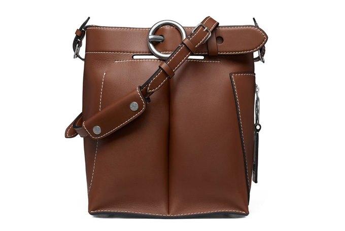 Acne Studios представили первую коллекцию сумок. Изображение № 3.