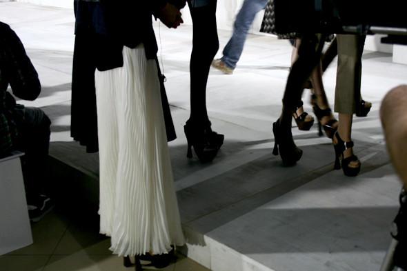 London Fashion Week: бэкстейдж показа Acne. Изображение № 17.