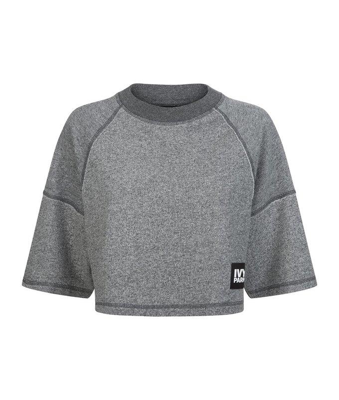 Одежда спортивной марки Бейонсе Ivy Park будет продаваться в России. Изображение № 34.
