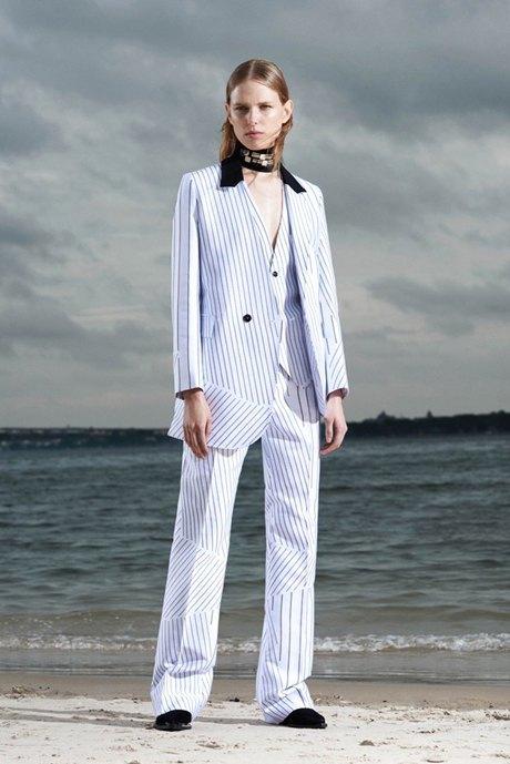 Цветной брючный костюм: Классика для всех. Изображение № 4.