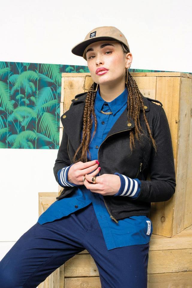 Новый лукбук Adidas Originals — в стиле вогинг. Изображение № 17.