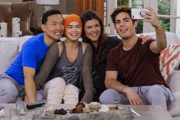 Дружба против рака: Подростковый сериал Netflix «Алекса и Кэти». Изображение № 5.