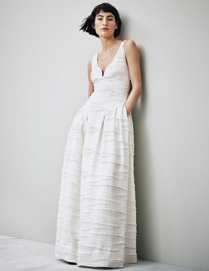 Новая коллекция H&M Conscious стала частью выставки об истории моды . Изображение № 6.
