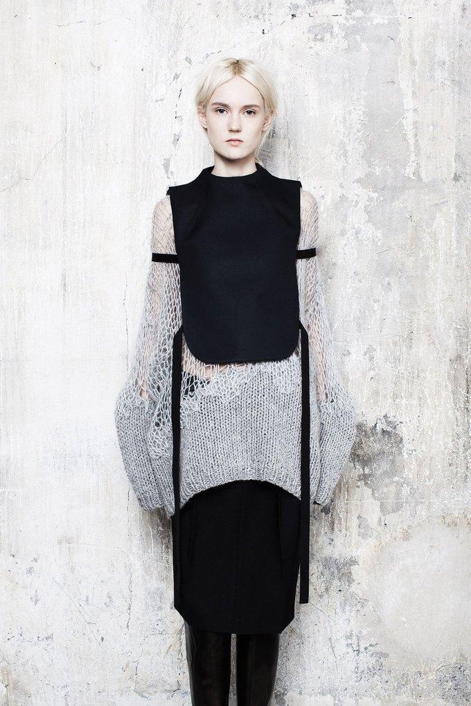 Объемная верхняя одежда в коллекции Maison Martin Margiela. Изображение № 3.
