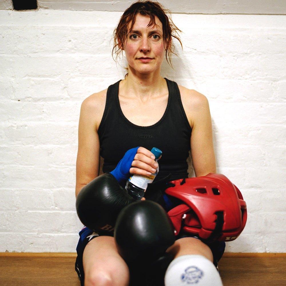«Женщины с кулаками»: Кикбоксерши после боя. Изображение № 14.