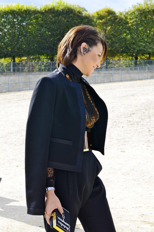 Парень в камуфляже, девушка-Микки-Маус и другие гости Paris Fashion Week. Изображение № 9.