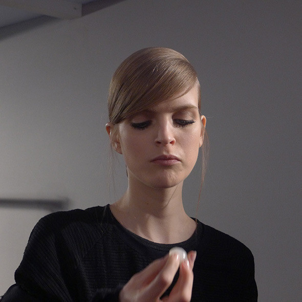 Изображение 62. Milan Fashion Week: бэкстейдж Alberta Ferretti.. Изображение № 27.