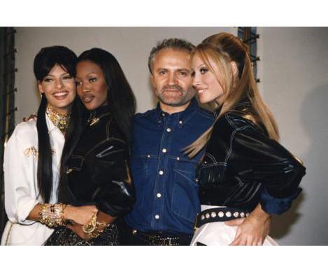 Хронология: Versace. Изображение № 63.