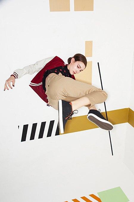 Графичные декорации Алексея Луки в осеннем лукбуке Kixbox. Изображение № 8.