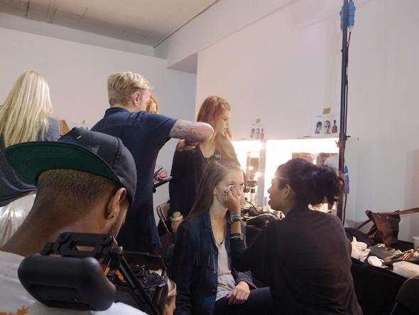 London Fashion Week: Репортаж с бэкстейджей House of Holland и Vivienne Westwood. Изображение № 7.