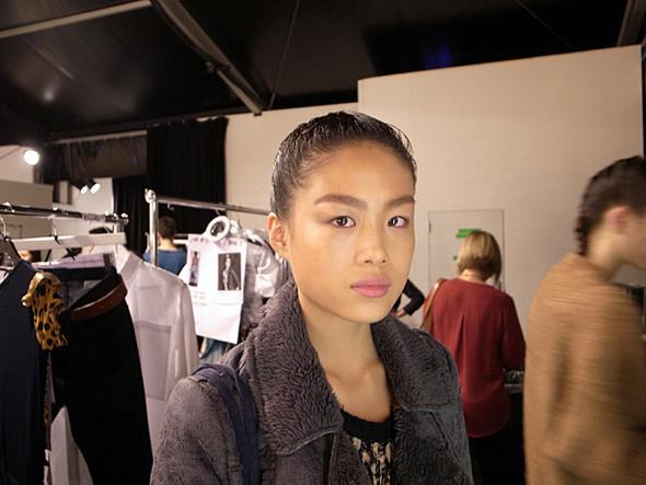 London Fashion Week: Бэкстейдж Danielle Scutt. Изображение № 16.