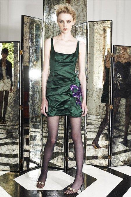 Две крайности: Как мода взяла курс на заурядность и вульгарность. Изображение № 12.